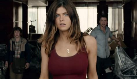 The Rock s Baywatch Picture Of Alexandra Daddario Needs To ...
