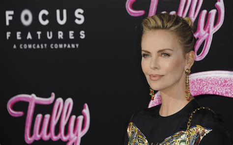 This Is What Charlize Theron Did To Gain 50 Lbs In Just ...