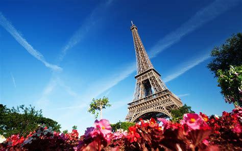 Torre Eiffel en el cielo azul París Francia Retina Fondos ...