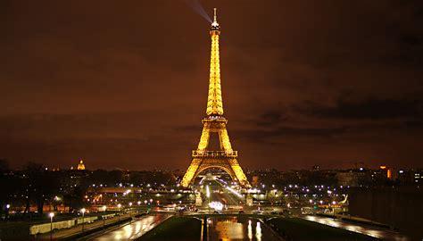 Torre Eiffel   Megaconstrucciones, Extreme Engineering