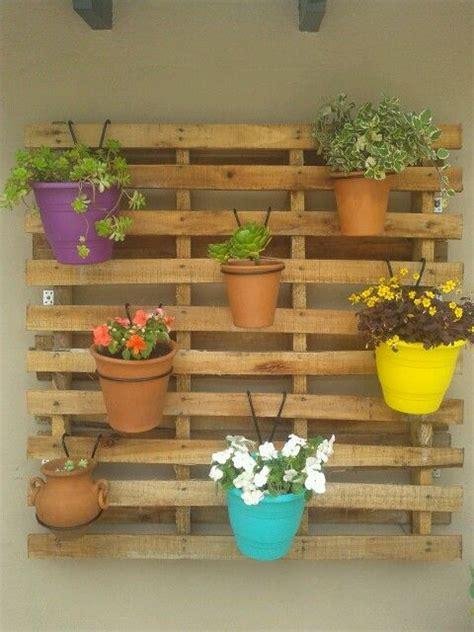 Un jardín de pared con palets – I Love Palets