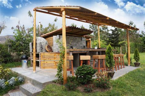 Una casa de campo peruana ¡con parrilla y horno de barro!