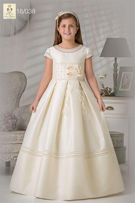 Vestido de niña para comunión. Realizado en gazar ...
