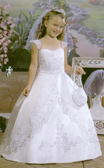 Vestidos de primera comunión.
