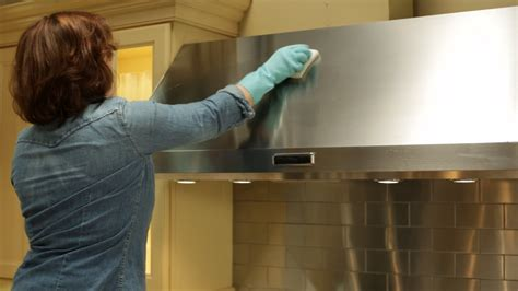 Video: How to Clean the Range Hood | Martha Stewart