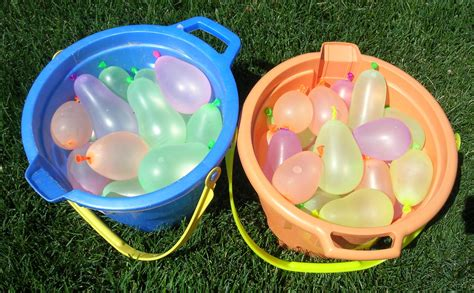 Water Balloon Toss   Susan s Homeschool Blog Susan s ...
