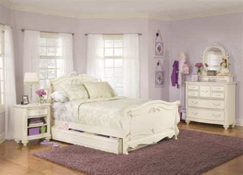 White Bedroom Furniture Idea   Amazing Home Design and ...