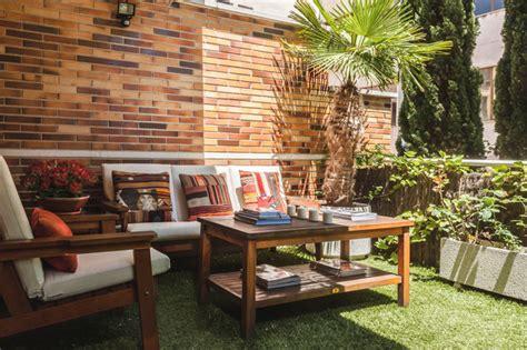 Zona Chill Out en el jardín   Casa de campo   Terraza y ...